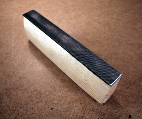 Custom-made fret leveling file with rounded edges